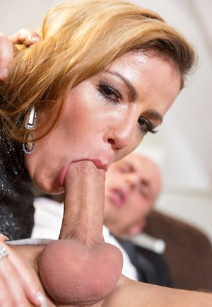 Samantha Gets Double Penetrated and Fucked While..